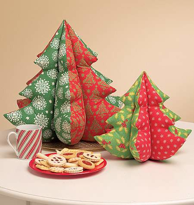 Sewing pattern McCalls 5778 christmas
